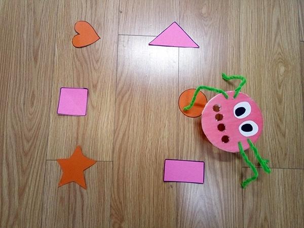 Aprendiendo formas geometricas en inglés