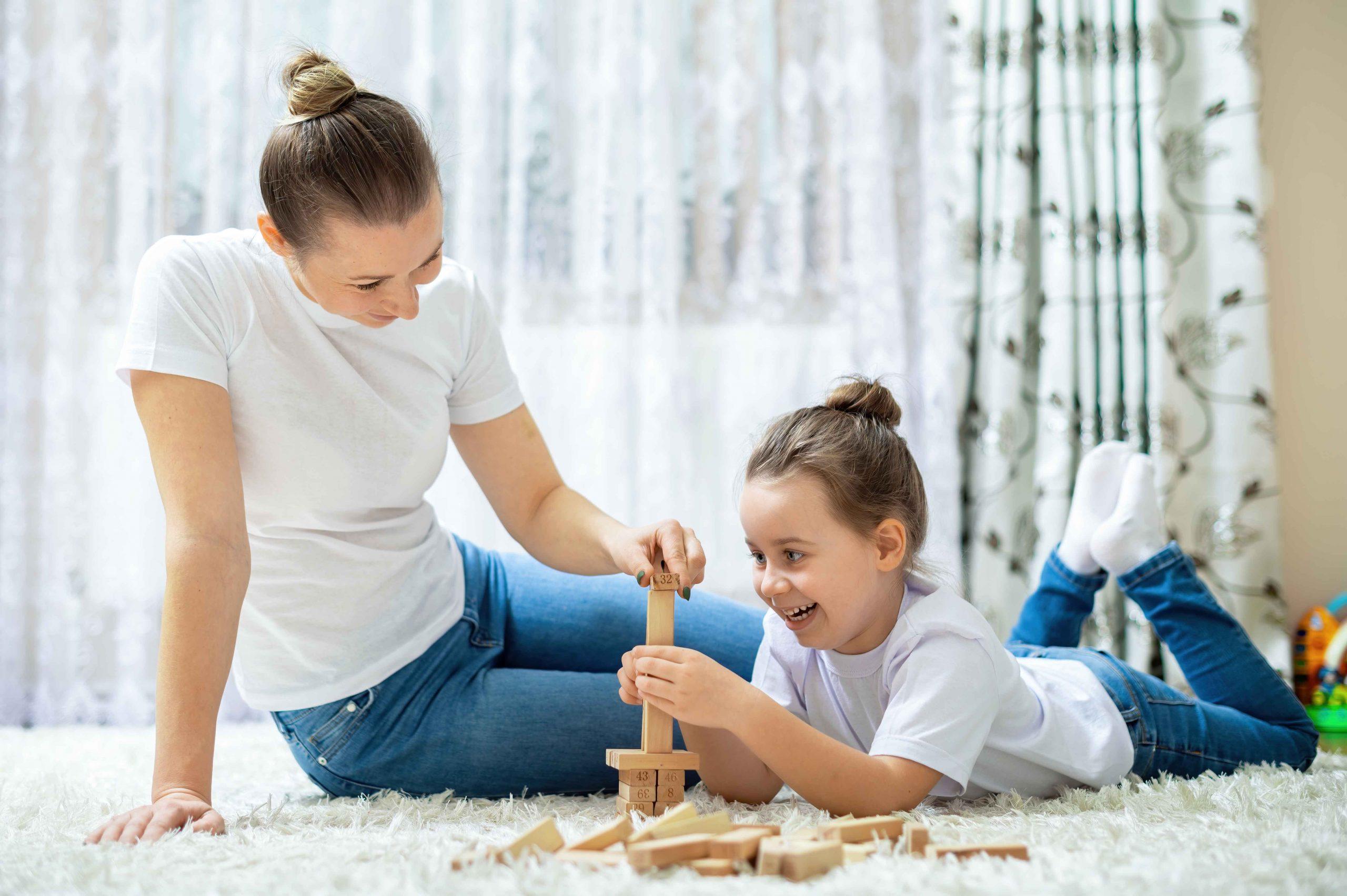 Juguetes educativos para jugar con los padres