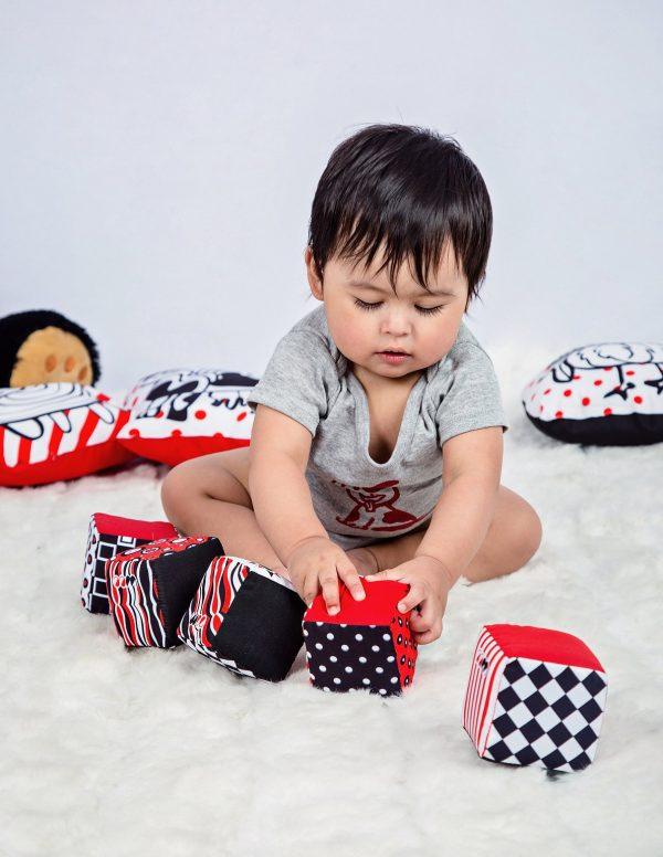 Cubos de tela para bebés